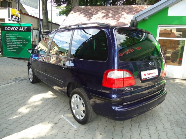 Ford Galaxy Autopujcovna Jablonec 3